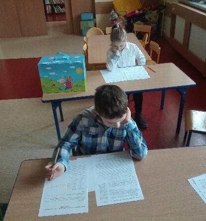 Uczniowie SP w Drwęczy